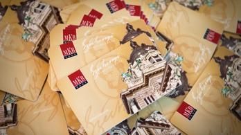 Az MSZP azt szeretné, hogy a SZÉP-kártyák szabadidős összegeiből is lehessen élelmiszert vásárolni