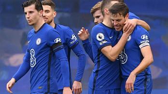 A Chelsea védője a hatodik menedzser irányításával is betalált!