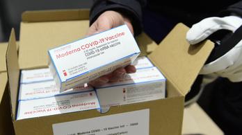 Újabb vakcinaszállítmány érkezett Magyarországra