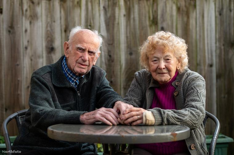 Amikor a fotónkon látható házaspár, Ron és  Beryl Golightly először meglátták egymást, egyből szerelembe estek