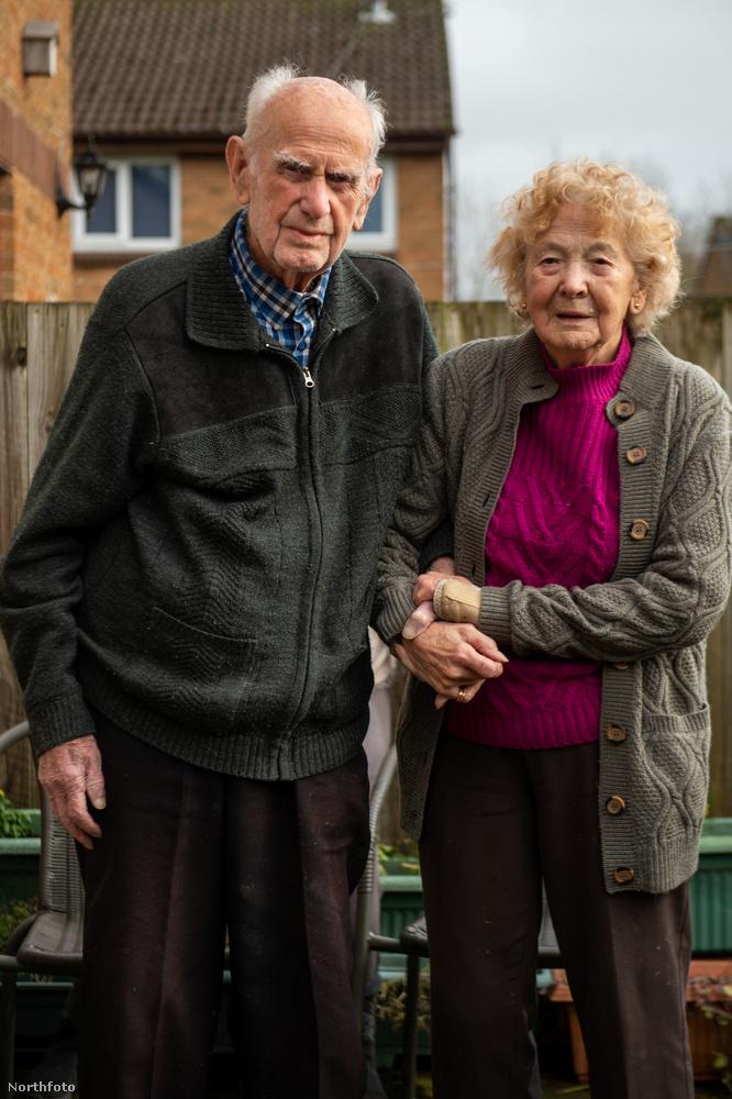A házaspár január 8-án ünnepelte 80
