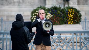 Másfél millió forintos büntetést szabtak ki a vasárnapi tüntetés szervezőire