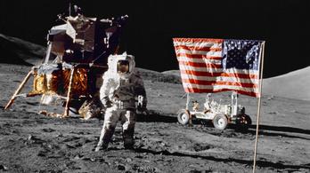 Megy a levesbe az amerikai holdprogram?