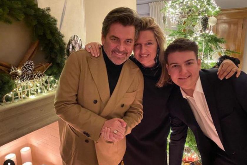 Thomas Anders feleségével, Claudiával és fiával, Alexszel pózolt itt. Szép családja van az énekesnek.