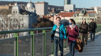 SMS-alapú helymeghatározással ellenőriznék a fertőzötteket a szlovákok