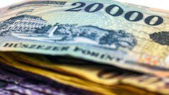Januárban már a kedvezőbb összegű személyi adókedvezmény jár az adóból