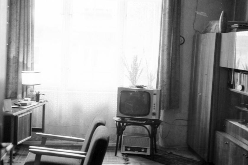 Enteriőr 1969-ből.