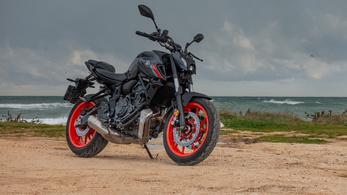 Bemutató: Yamaha MT-07 - 2021.
