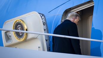 A demokraták szerint Trump töltött ágyú módjára irányította híveit