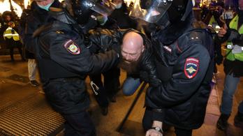 Több mint ezer embert vettek őrizetbe az orosz tüntetéseken