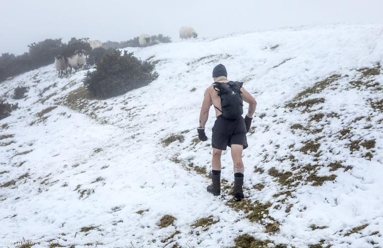 A hideggel nincs semmi problémája, sőt, szerinte az alacsony hőmérséklet kifejezetten pozitívan hat az emberi szervezetre