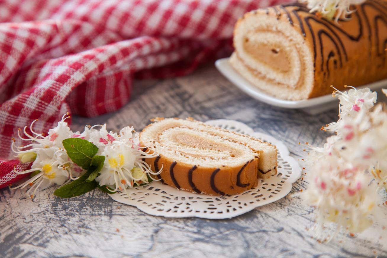 gesztenyes-piskotatekercs-receptje