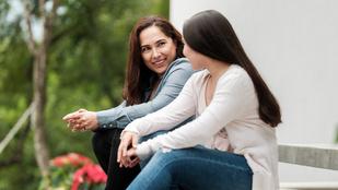 Őszinteség vs. tekintély: Tudnia kell a gyereknek, ha fiatalon kipróbáltál ezt-azt?