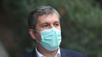 Orosz vakcina: Hadházy Ákos cáfolja, amit az OGYÉI írt róla