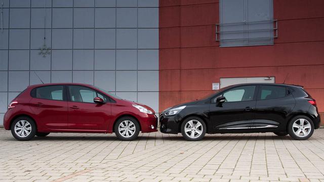 A Clio tengelytávja is nagyobb, mégsem ő a tágasabb hátul