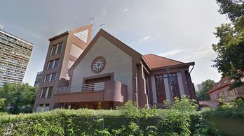 Több mint félmilliárd forintból újítottak fel épületeket a debrecen-nyíregyházi római katolikus egyházmegyében