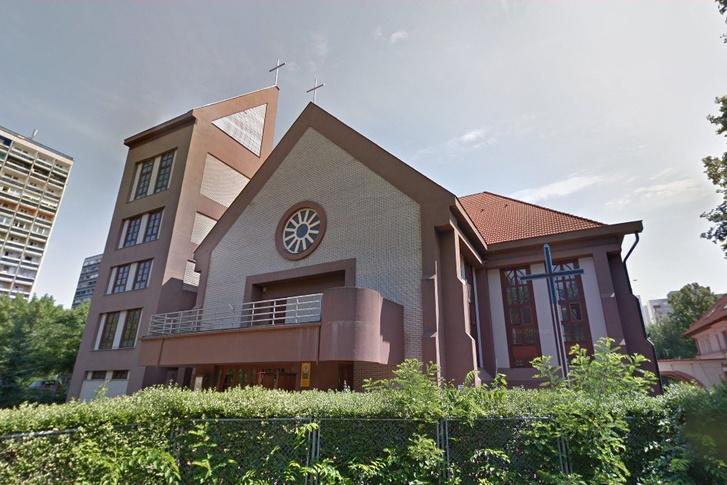 A debreceni Megtestesülés templom
