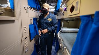 Alváshiány okozta az amerikai hadihajók baleseteit