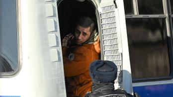 Teljes a káosz, csurig teltek az orosz fogdák