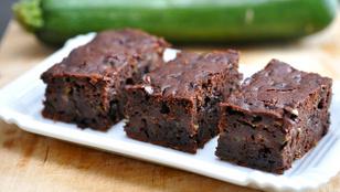 Lehet a brownie is egészségesebb, készítsd cukkinivel!