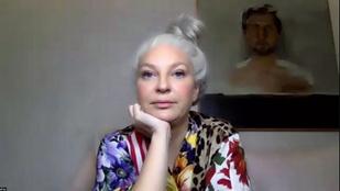 Sia elnézést kért, majd törölte magát Twitterről