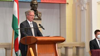 MTA-elnök: Továbbra is várom Palkovics Lászlót a dolgozószobámban