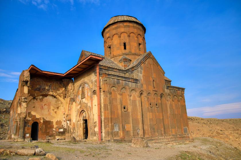 A Szent György-templom Aniban. (1001-1005)