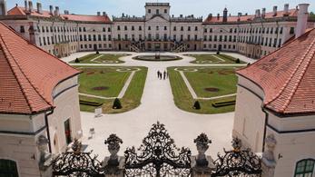 Megújul a fertődi Esterházy-kastély