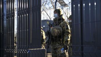 Ukrajna minden szomszédja vörös besorolást kapott
