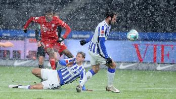 Lewandowski tizenegyest hibázott, de legyőzte Dárdaiékat a Bayern