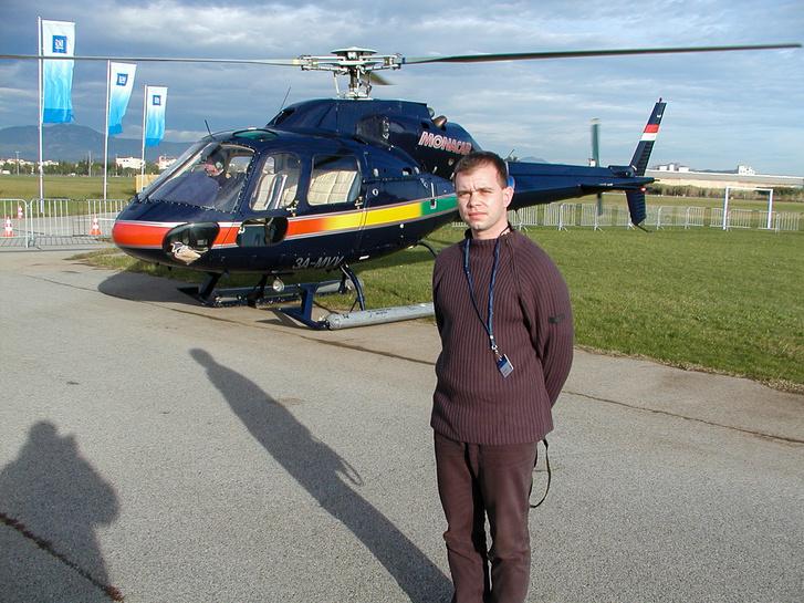 A helikoptert is be kellett vetni a szállításunkra