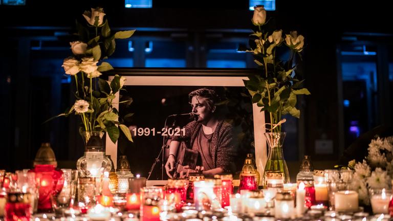 Egy darabot kitépett a szívemből a halálod – búcsú Siklósi Örstől