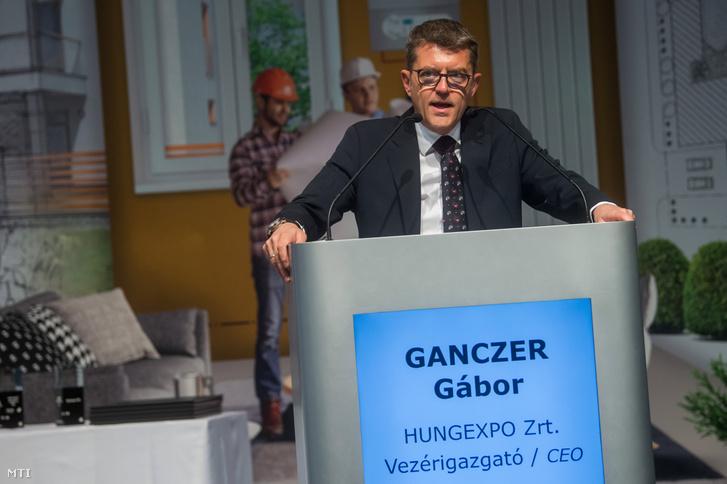 Ganczer Gábor, a Hungexpo vezérigazgatója a Construma építőipari kiállítás megnyitóján a fővárosi Hungexpo Vásárközpontban 2019. április 3-án