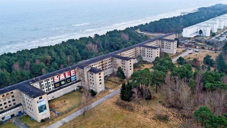 Clemens Klotz tervei alapján kezdték el építeni a náci üdülőkomplexumot, a Prorát