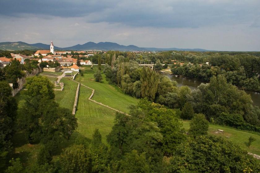 Kvíz: melyik folyó mellett van Sárospatak? 10 kérdés Magyarország földrajzáról