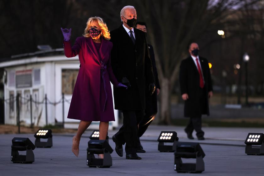 elnöki-beiktatás-lila1