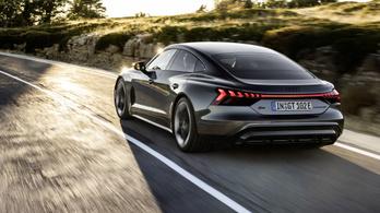 Teslának gyenge, Porschénak olcsó: itt az Audi elektromos szedánja