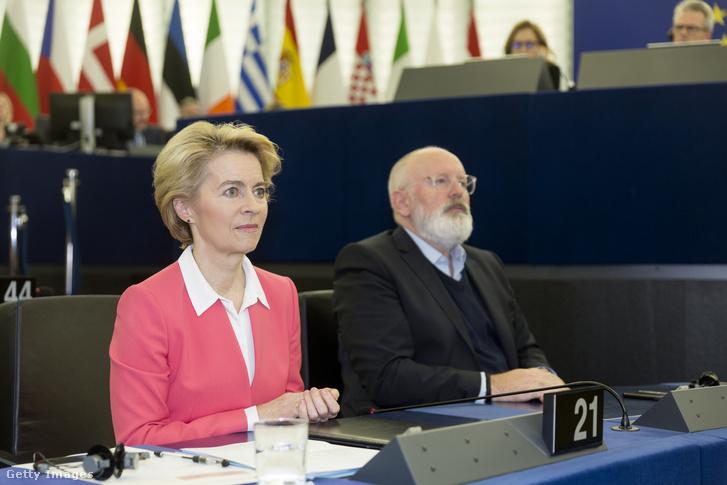 Ursula von der Leyen, az Európai Bizottság elnöke és Frans Timmermans, az Európai Bizottság alelnöke