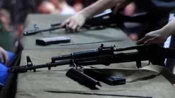 Délszláv háborús fegyverekből készül a szerb hangszerarzenál