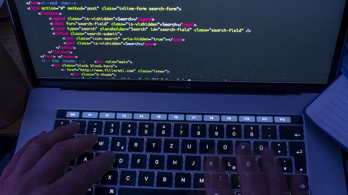 Index - Tech-Tudomány - Lopott fiókkal csencselőket fenyeget a Facebook