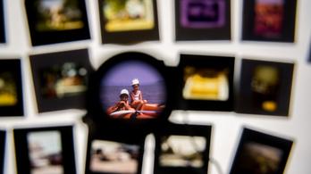 Mentés másként: esély a megsárgult fotóknak