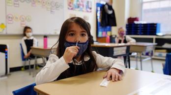 Csaknem hárommillió gyermek fertőződött meg a járvány kezdete óta az Egyesült Államokban