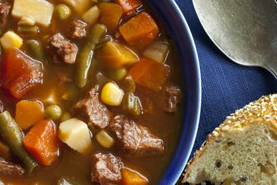 Tartalmas, sűrű zöldségleves marhahússal – Nem lesz szükség második fogásra