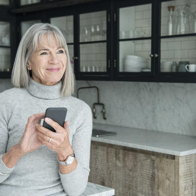 A médiahatóság 5 tanácsát mindenkinek érdemes megfogadnia, akinek van idős ismerőse