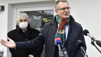 Rétvári Bence: A kormány megbecsüli és elismeri a mentősöket