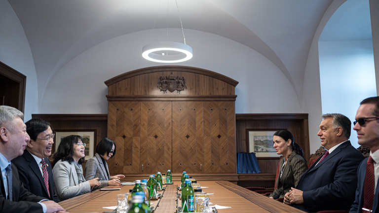 Diplomáciai nehézfegyver lett a Fudan Egyetem budapesti campusa