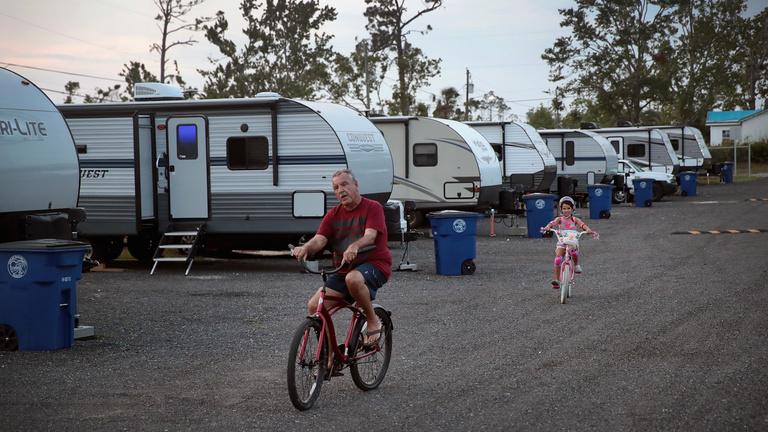 Kényszer vagy választás? Milliók élnek nomádként Amerikában
