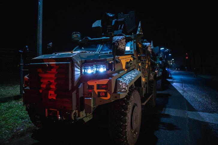 Ejder Yalcin típusú páncélozott harcjárművek konvoja 2021. 02. 08-án Magyarországon