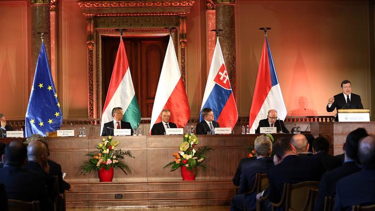 Minimálbér: a V4-ek között Szlovákia viszi a prímet