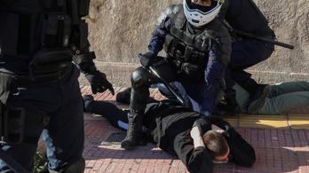 Diáktüntetőkkel csaptak össze a rendőrök Görögországban